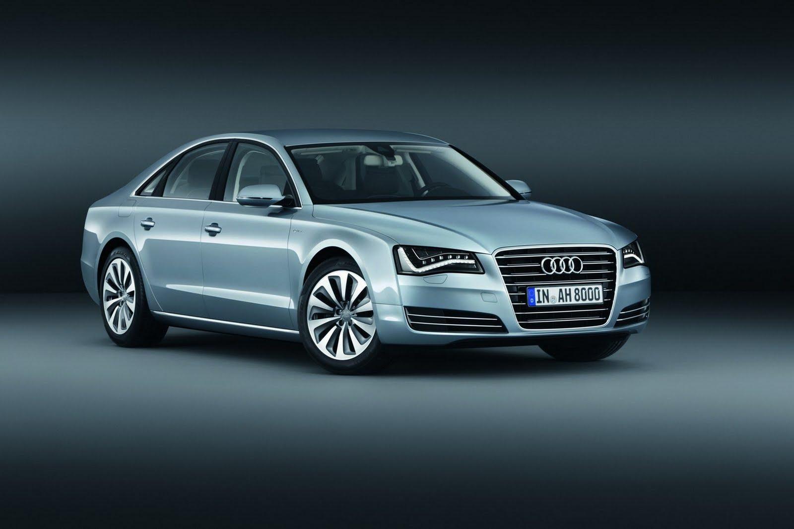 Audi (lat., gehorche!) A8 (Adolf Hitler). Die '8' steht für den achten Buchstaben im Alphabet. Diese Wortspielereien sind bei den Neonazis (Verfassungsschutz) sehr beliebt
