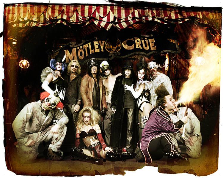 Der Karneval ist ein Illuminatifest. Mit Masken, Hexen, symbolischen Menschenverbrennungen usw. Die Vorläufer kommen aus Babylonien (Ishtar-Hochzeit), Ägypten (Isis-Fest), Griechenland (Dionysos, Apokries) und Rom (Saturnalien). Das Wort Karneval stammt von carnelevare ab. Es steht auch in Verbindung mit carnage (engl., meist für Menschenschlachtung).