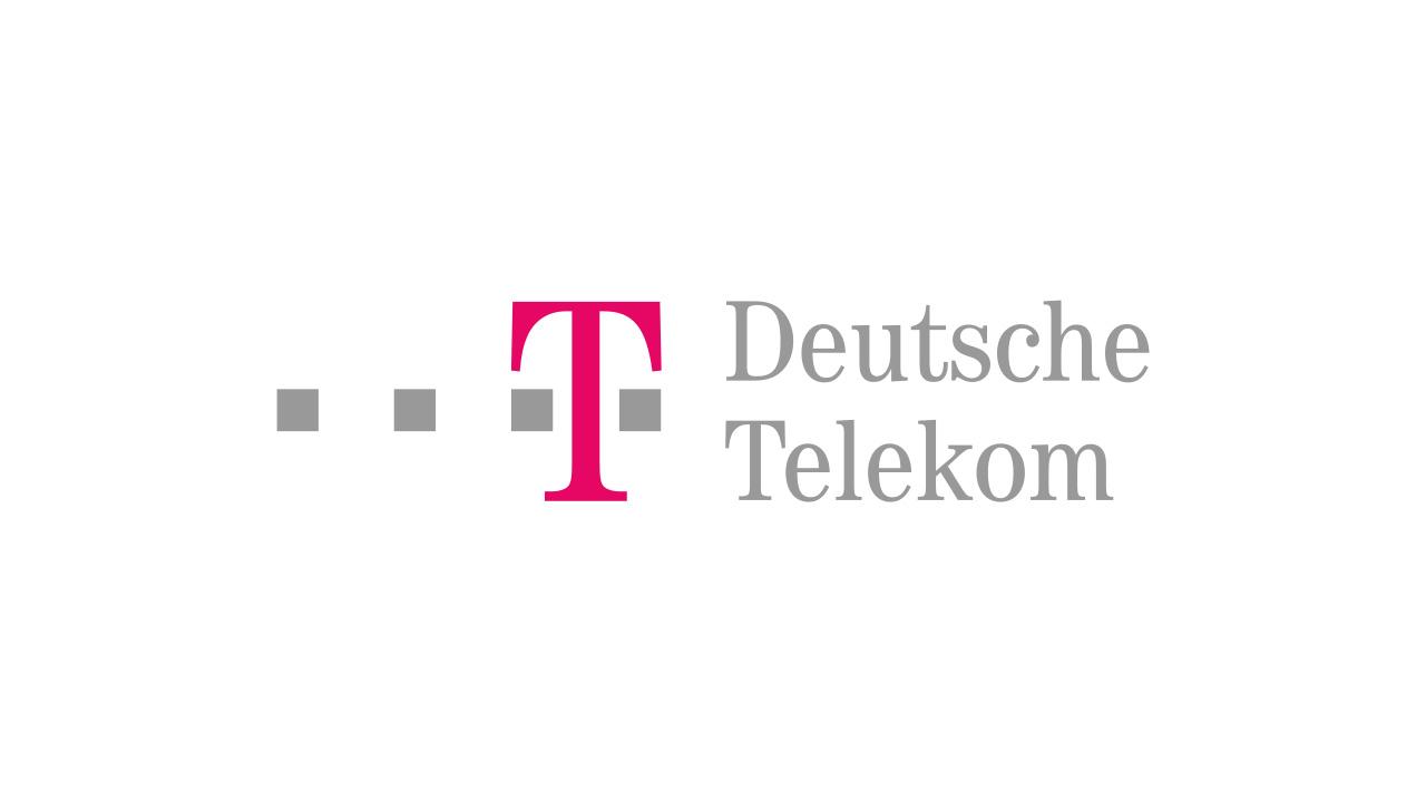 Deutsche Telekom - 'Tele' (lat., Fernwaffen, die Wurfgeschosse) und 'com' (lat., mit oder nimm zusammen). Übersetzt 'Deutsche mit Fernwaffen'. Die Mikrowellenstrahlung des Mobilfunkes ist ja tatsächlich gefährlich
