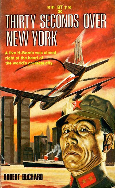 """1970 - Das amerikanische Buch """"Thirty Seconds Over New York"""" (Dreißig Sekunden über New York) mit einem prophetischen Buchcover."""