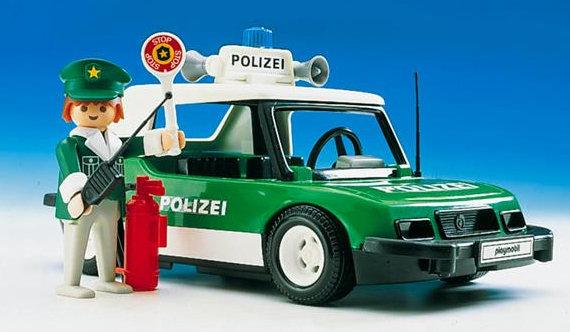 1977 - Das erste Playmobil-Auto. Ein Polizist mit Polizeiauto