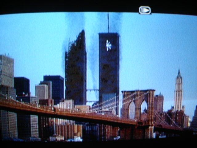 """1993 In dem Film """"Super Mario Bro."""" Werden die Twin Towers angegriffen"""