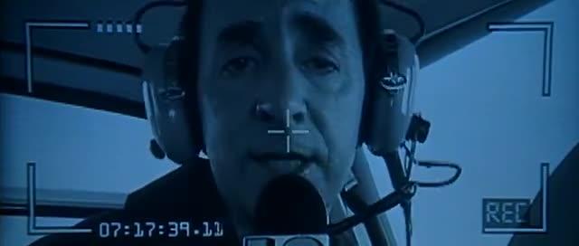 1998 - Godzilla. Exakt in dem Moment in dem der Reporter '...der schlimmste Anschlag seit dem Bombenattentat auf das World Trade Center...' ausspricht, springt der Timecode am unteren Bildrand auf 9.11.
