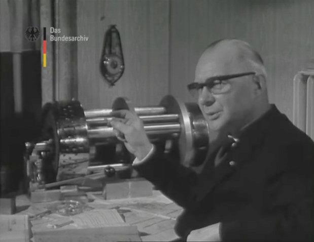 Dauermagnetmotor von Friedrich Lüling (Bericht 1966 in der UFA-Wochenschau)