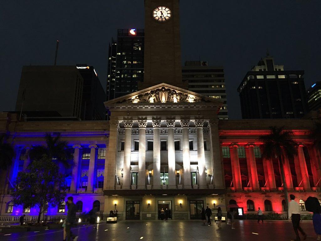 Illuminierte Gebäude - Australien, Brisbane, Rathaus