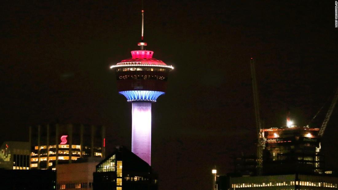Illuminierte Gebäude - Kanada, Calgary, Calgary Tower