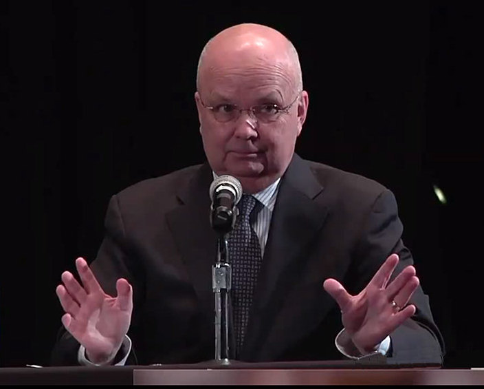 Michael Hayden - NSA-Direktor 'We kill people based on metadata'