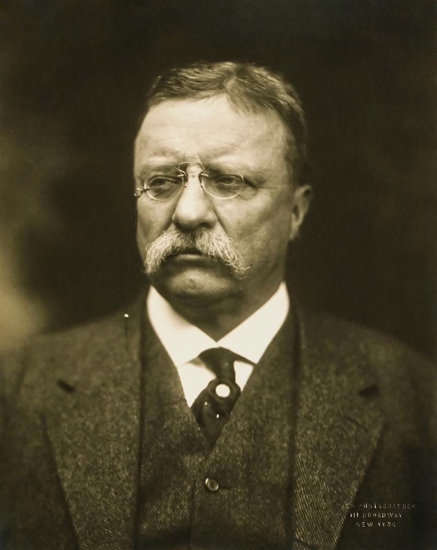 1858-1919 Freimaurer und Tempelritter Theodore Roosevelt. US-Präsident und Friedensnobelpreisträger. Freimaurerloge in New York Matinecock Lodge Nr. 806, Washington Pentalpha No. 23 und in Rom Rienzi.