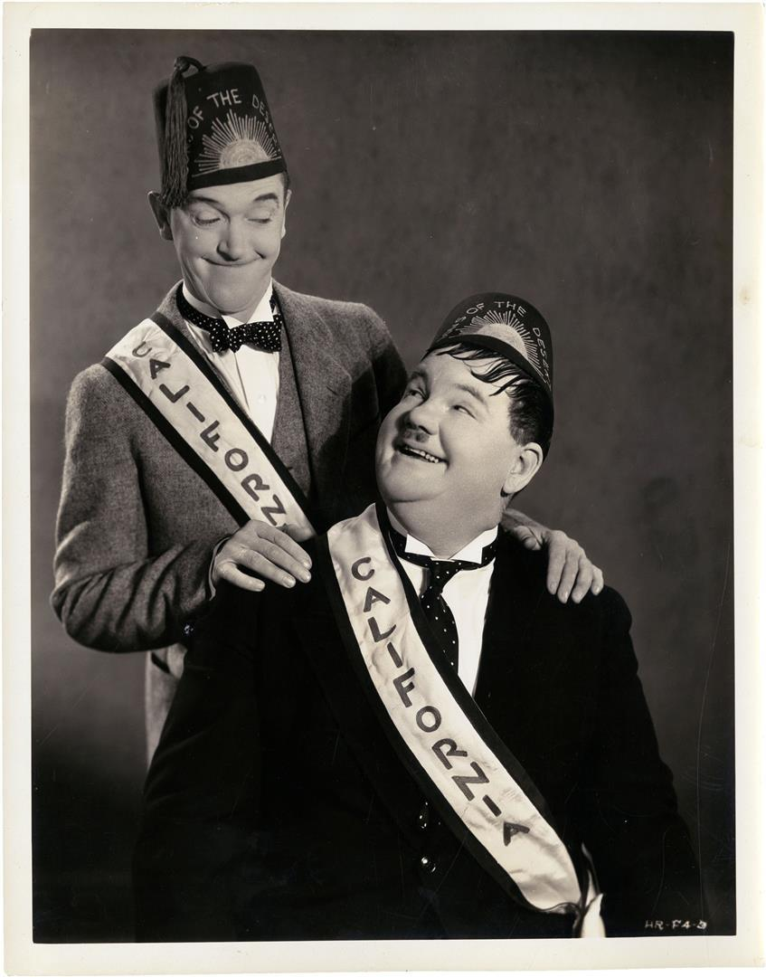 1890-1965 und 1892-1957 Freimaurer Stan Laurel und Oliver Hardy. Hier im Freimaurerfilm Die Wüstensöhne (Sons of the Desert). Freimaurerlogen Eternal Lodge und in Florida, Jacksonville Solomon Lodge No. 20.