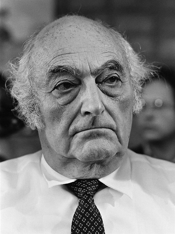 1913-2001 Jude Stefan Heym. DDR-Schriftsteller und US-Propagandist.