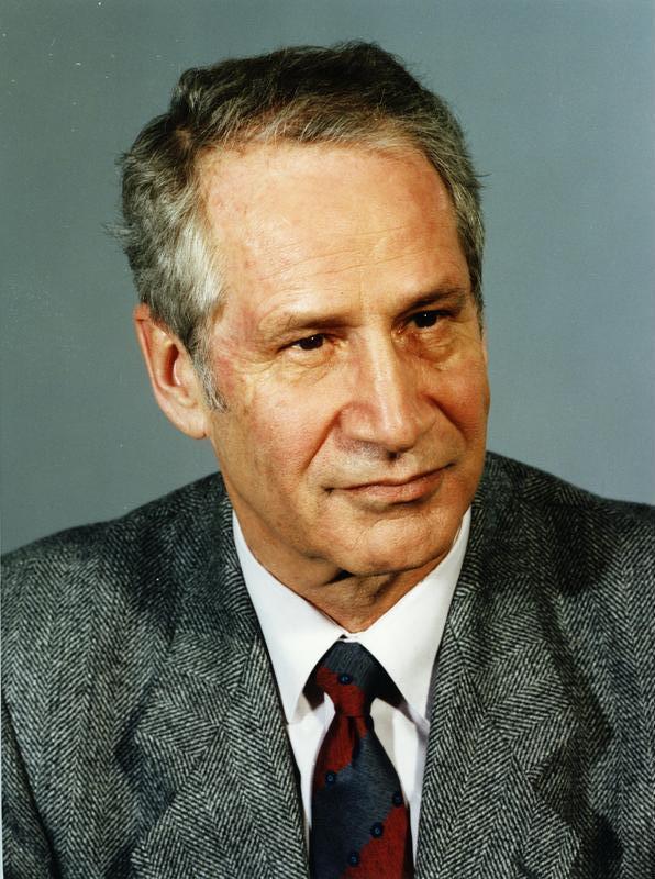 1923-2006 Jude Markus Wolf. Er war 34 Jahre lang Stasi-Chef in der DDR