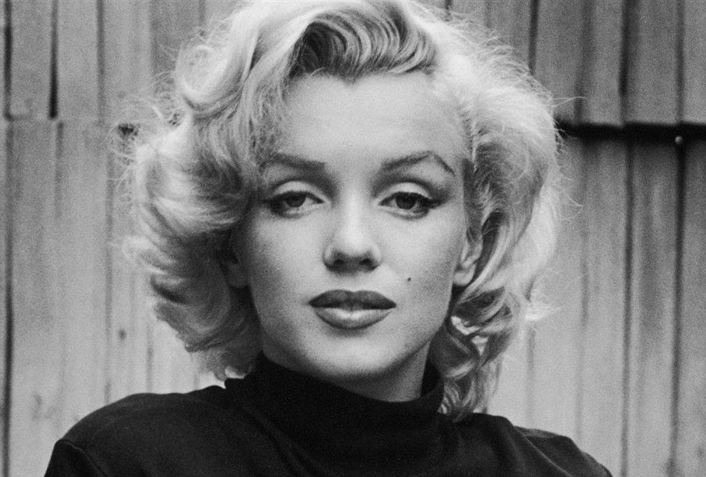 1926-1962 Jüdin (konvertiert) Norma Jeane Mortenson (Marilyn Monroe). Amerikanische Schauspielerin und präsidiale Sexsklavin.