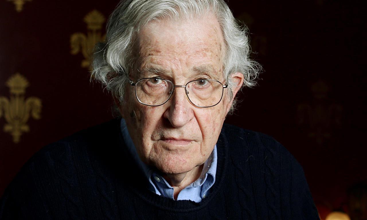 1928 Jude Noam Chomsky. Amerikanischer Intellektueller.