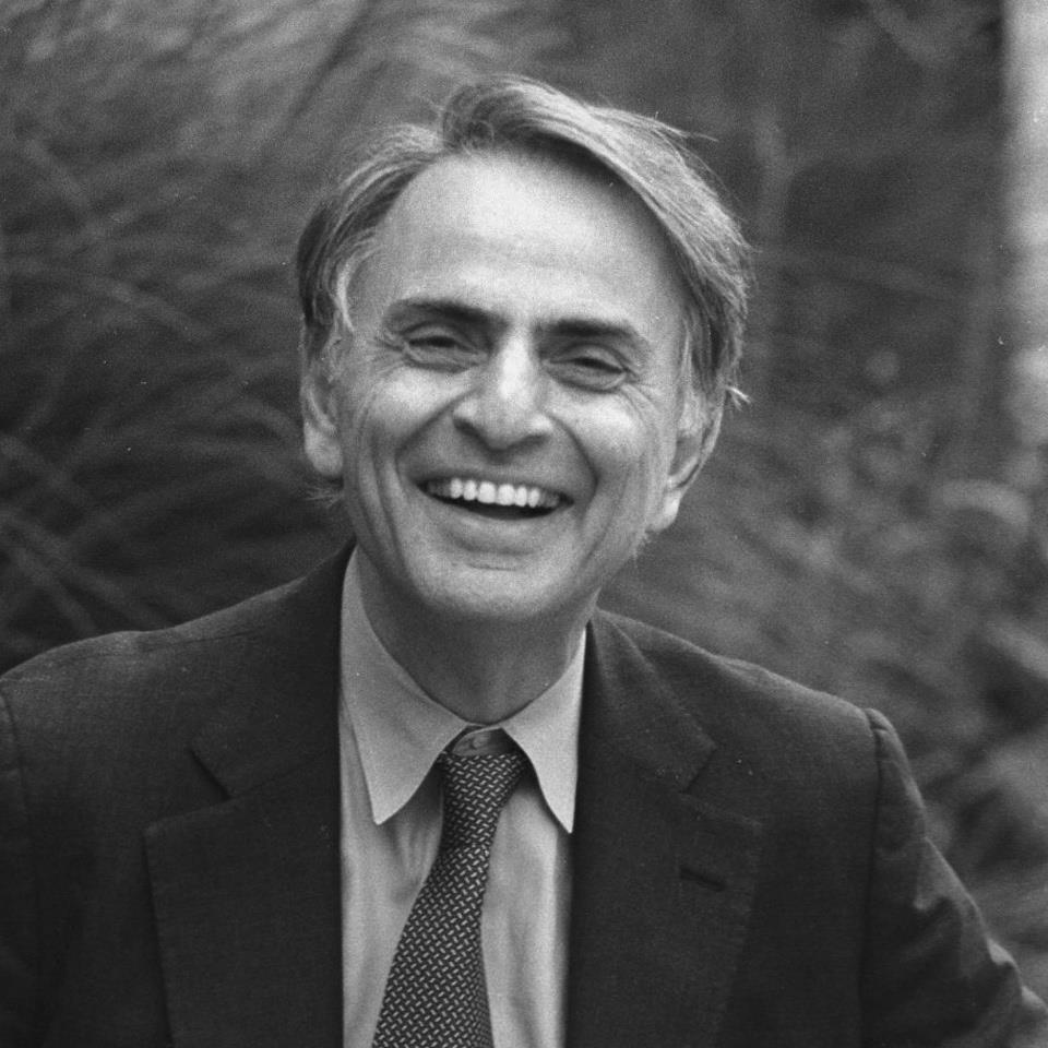 1934-1996 Jude Carl Sagan. Amerikanischer Astronom, Schriftsteller und TV-Moderator. TV-Dokuserie Unser Kosmos.