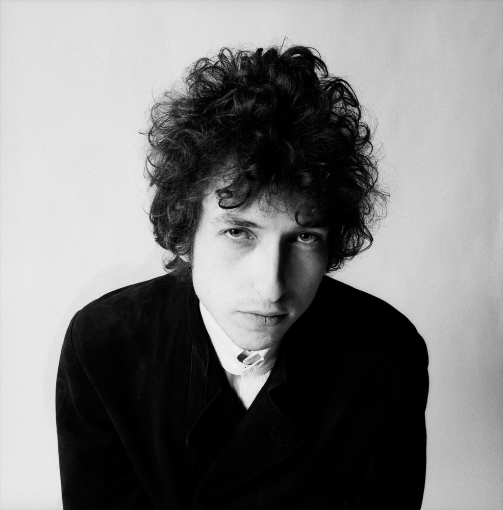 1941 Jude Robert Zimmerman (Tarnname Bob Dylan). Musiker. Blowin' in the Wind, Master of War, A Hard Rain's A-Gonna Fall, Don't Think Twice, The Times They Are a-Changin, Like a Rolling Stone, Tombstone Blues und Desolation Row.