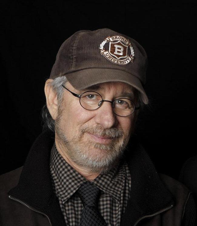 1946 Jude Steven Spielberg. Filmschaffender. Der weiße Hai, E.T., Jurassic Park, Schindlers Liste, Der Soldat James Ryan, Minority Report und Indiana Jones.