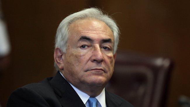 1949 Jude Dominique- Strauss-Kahn. Französischer Wirtschafts- und Finanzminister und Direktor des Internationalen Währungsfonds (IWF).
